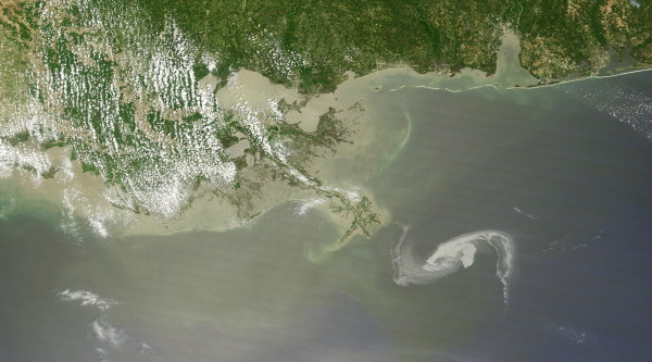 NASA Earth Observatory: Gulf Oil Spill Creeps Towards Mississippi Delta