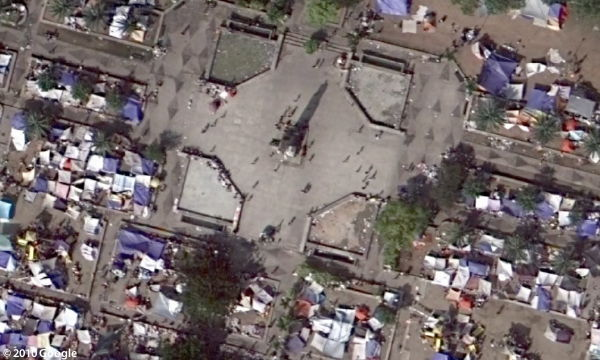 Haiti imagery at 15-cm resolution (&copy; Google 2010)