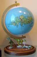 Globe of Sawyer's fictional Quintaglio